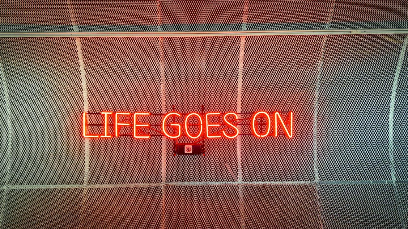 Dans ou hors les murs, la vie des groupes continue
